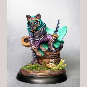 Frankie - Cat Rogue with Dagger