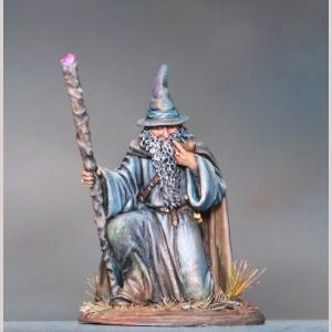 Kneeling Mage with Staff